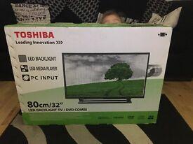 Toshiba 32' LED back light TV DVD combi