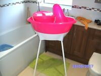 Raised Bath Tub with Baby Support & Bucket