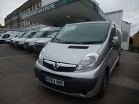 VAUXHALL VIVARO.. SPORTIVE SLIVER.. 2013 63 PLATE.. FULL SERVICE HISTORY.. A/C.. VERY CLEAR