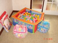 Childs Pop-up Ball Pit