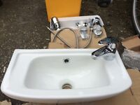 Compact bathroom sink for sales £40