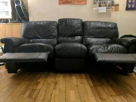 3 Seater Leather Sofa (2 Recliners) Black
