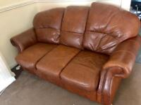 3 and 1 seater sofa in excellent condition £100