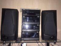 Kenwood hifi music system 8 ohms 100w speakers