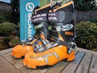 Used Ski Touring Boots: Scarpa Maestral – Wimbledon