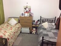 ONE female needed for Large twin/double room in Stratford Rent £350 per month