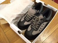 Arco Safety shoes size 5