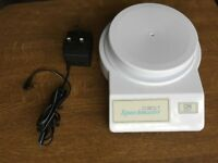 Cobolt talking kitchen scales