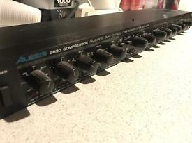 Alesis 3630 2 channel (stereo) compressor / limiter / gate
