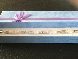 Ladies genuine 925 silver panel bracelet with a Mexican stamp and uk Hallmarked
