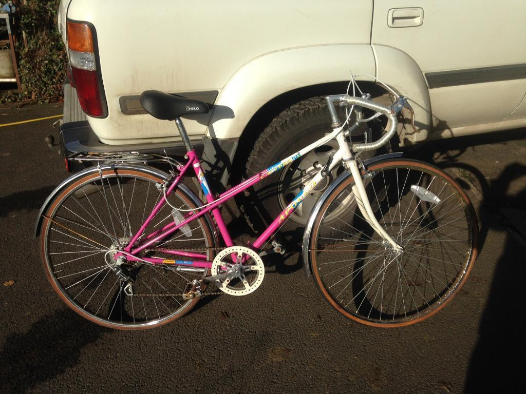 Retro apollo ladies racing bikein Whitchurch, BristolGumtree - Retro Apollo ladies racing bike.Good condition except some rust to the chrome on the wheel rims.6 speed shimano gears.Could do with new tyres which I can probably provide cheap.Im in Clutton 10 miles south of central Bristol
