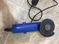FUTURA Electric Grinder comes with 1 Plate