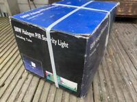 Brand new boxed halogen security light with PRI sensor