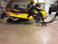 2014 mxz Xrs 800r Etec trade for maverick