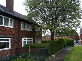 1 Bedroomed Flat to rent, Halton View, clean, modern kitchen, Drive & Gardens. Empty available now.