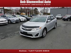 2013 Toyota Camry LE w/ Sunroof, BackUp Cam, BT & Cruise