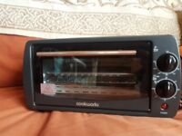 Toaster oven trave size like new