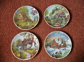 Set of 4 Royal Albert Dream Cottages Collectible Collector Plates Spring Summer Autumn Winter