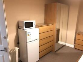 Room to rent £570 all bills included