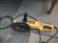 9inch wolf whizzer 24o volt and works great
