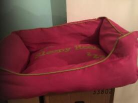 Pink small pet bed good condition
