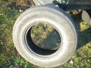 1 Ulysses KH All Season 793 Tire * P235 75R15 105S * $20.00 .  M+S / All Season Tire ( used tire )