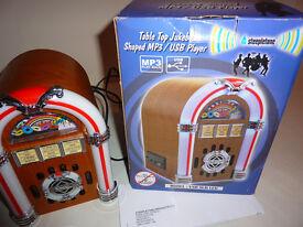 Steepletone MP3 / USB Jukebox