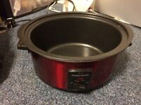 Slow Cooker - Morphy Richards - Excellent Condition - Comes with a free gift