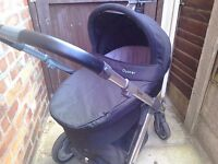 Babystyle Oyster Carrycot Black fabrics with mattress. Pushchair available