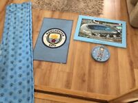 Manchester City curtains, rug, canvas and clock