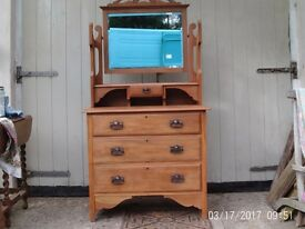 Satinwood chest drawers