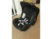 Britax be-safe car seat and isofix base