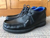 Ted Baker Mens Boys Black Shoes, Size 7 Adult. Good condition, just one small crack on leather.