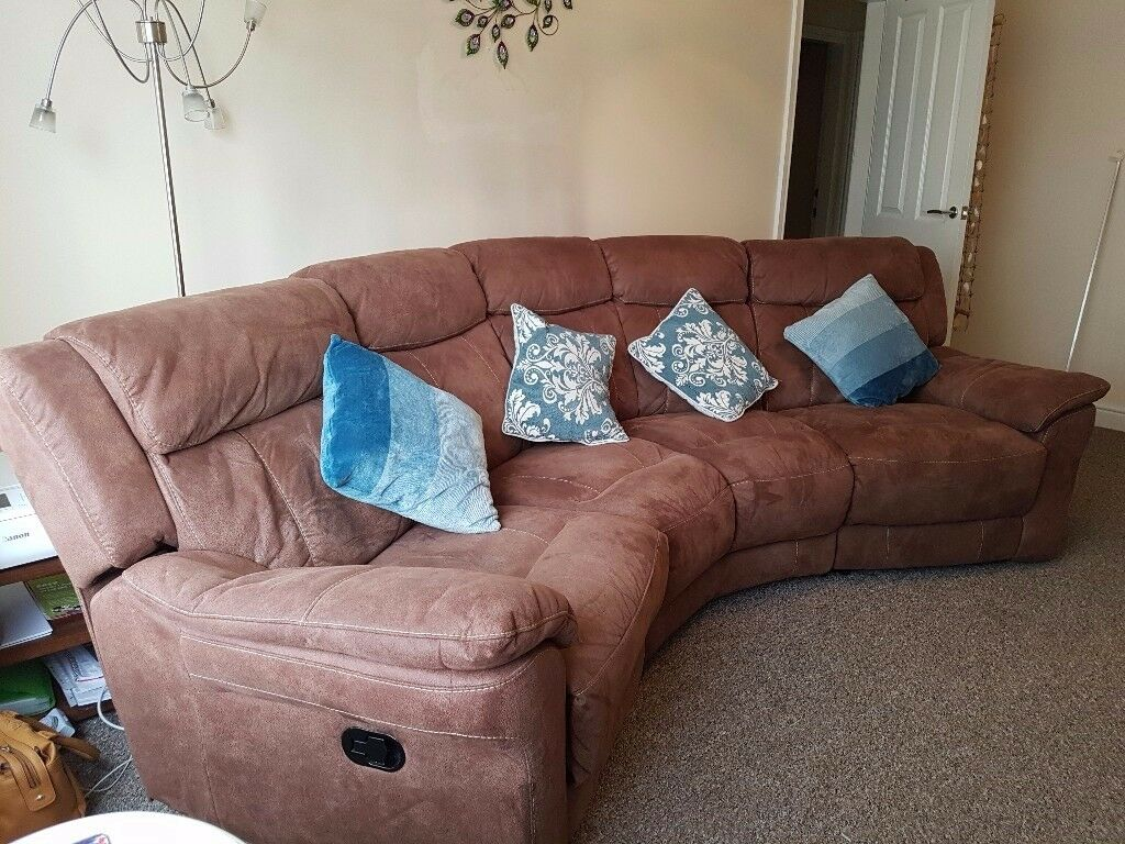 Lovely DfS recling corner suite