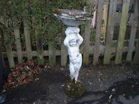 GARDEN STATUE/BIRD BATH