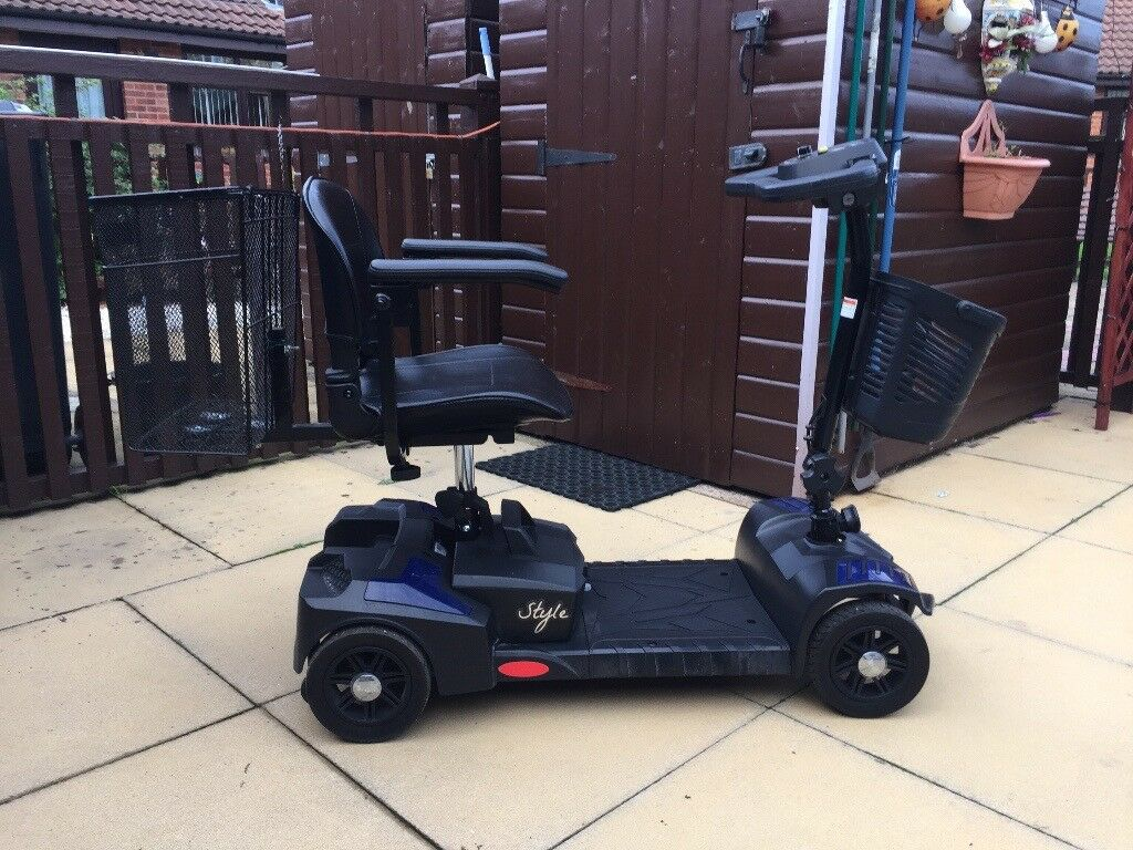 Style Portable Mobility Scooter - GREAT CONDITION