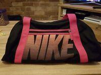 Nike gym bag female