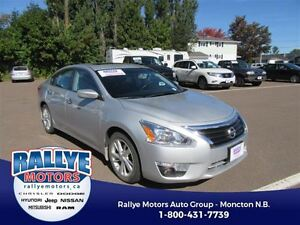 2013 Nissan Altima SV! EXT Warranty! Back-Up! Alloy! Nav! Heated