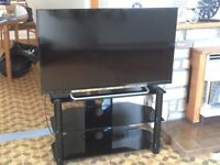 "Sony Bravia 40"" LCD TV plus FREE glass table"