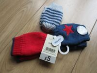 BRAND NEW MITTENS SET x3 with tags attached showing £5 price - great for WINTER