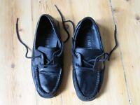 M&S Boys Black Leather Deck Boat School Shoes Size 4 (EU 37)