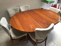 Solid wood Dining table + 6 chairs (expands to sit up to 10 people)