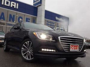 2015 Hyundai Genesis 3.8 Luxury | AWD | LEATHER | NAVI | PANO-RO
