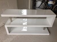 Contour TV Unit (with shelving in white gloss lacquer and chrome)