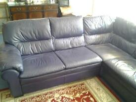 soft Italian leather corner suite, very comfortable good condition