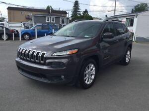 2014 Jeep Cherokee NORTH AUT 3.2L GROS ECRAN 10999$ 514-692-0093