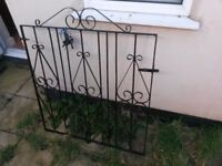 Garden gate metal wrought iron 980mm (W) 1120mm (H)