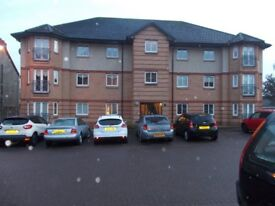 KILSYTH,FIRST FLOOR,2 BEDROOM MODERN LUXURY FLAT,SECURE ENTRY,PRIVATE PARKING,EN SUITE