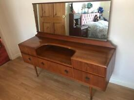 1960's dressing table with mirror