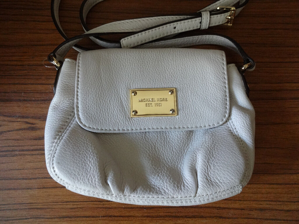 Michael Kors Jet Set Crossbody Handbag - Small Leather Bag - White Cream